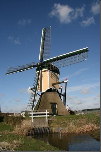 Hazerswoude-Rijndijk_-_Groenendijkse_Molen[1]