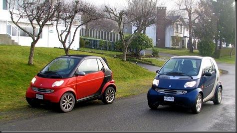 2 smart cars