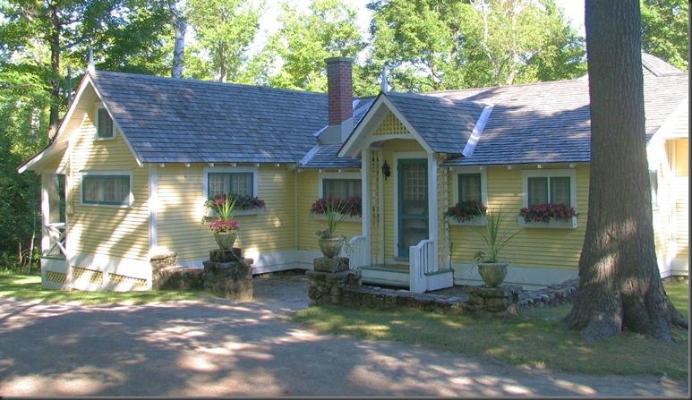 A bungalow in Gatineau Park, Quebec