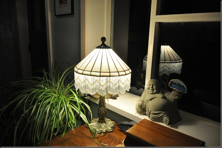 13 watt CFL makes the buddha happy