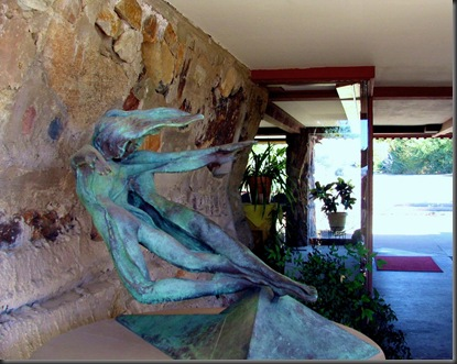 An amazing statue at Taliesin West