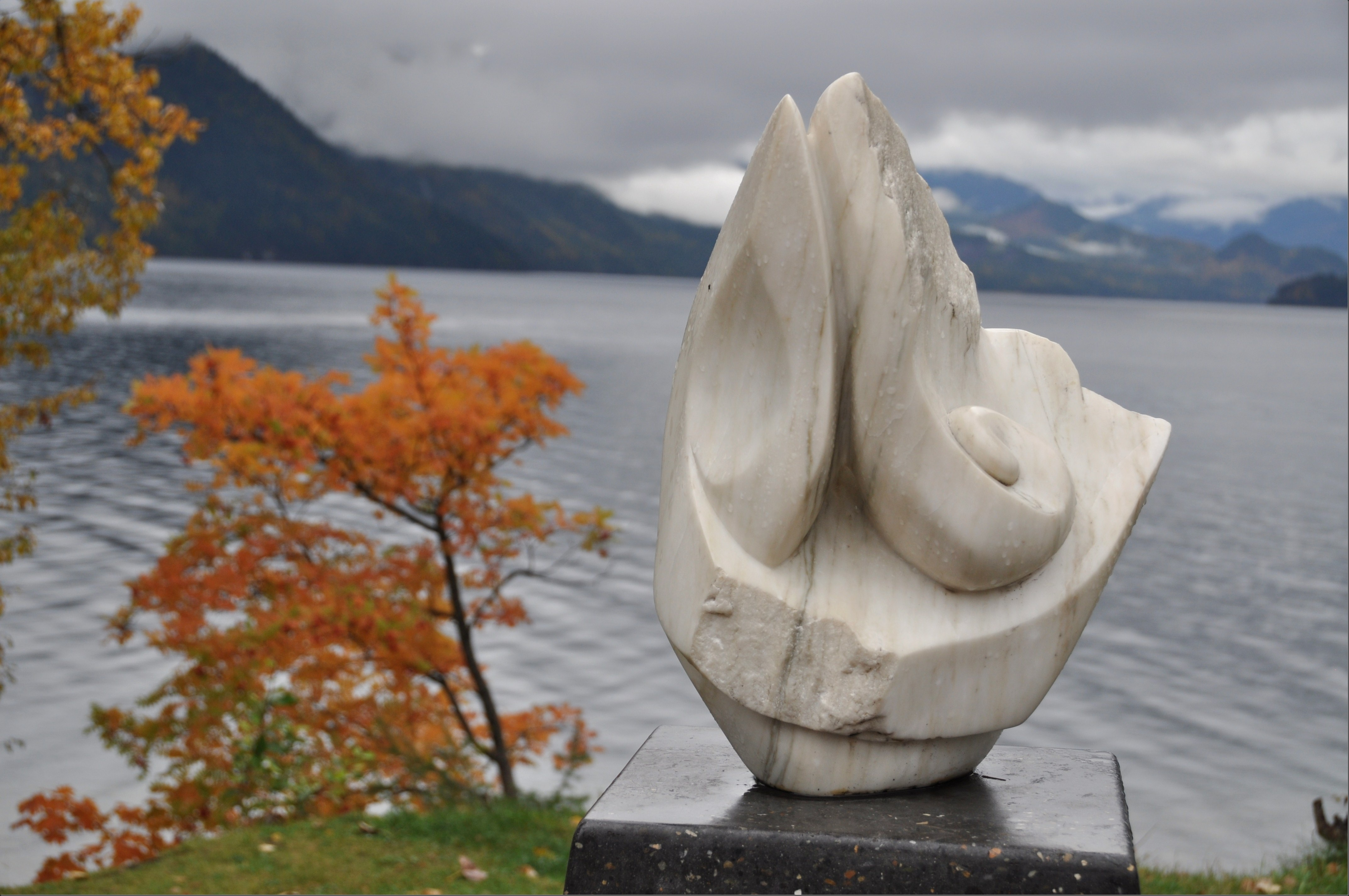 Sculpture at Slocan Lake in New Denver BC - Oct.24, 2014 Bruce Witzel photo