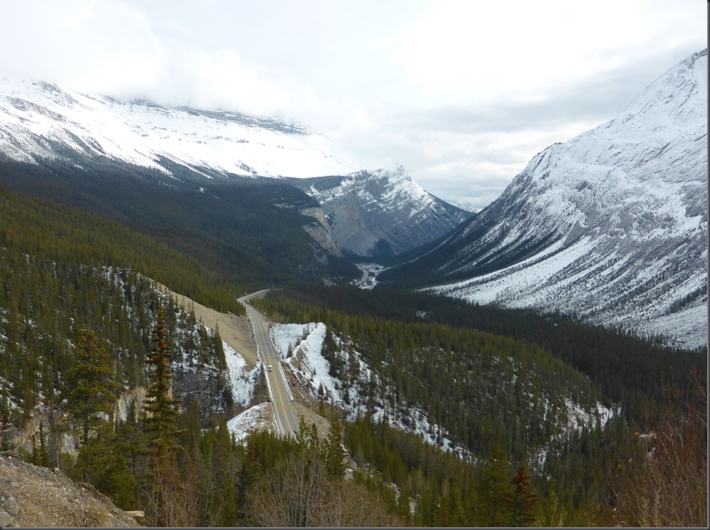 Icefields Parkway - Francis Guenette photo