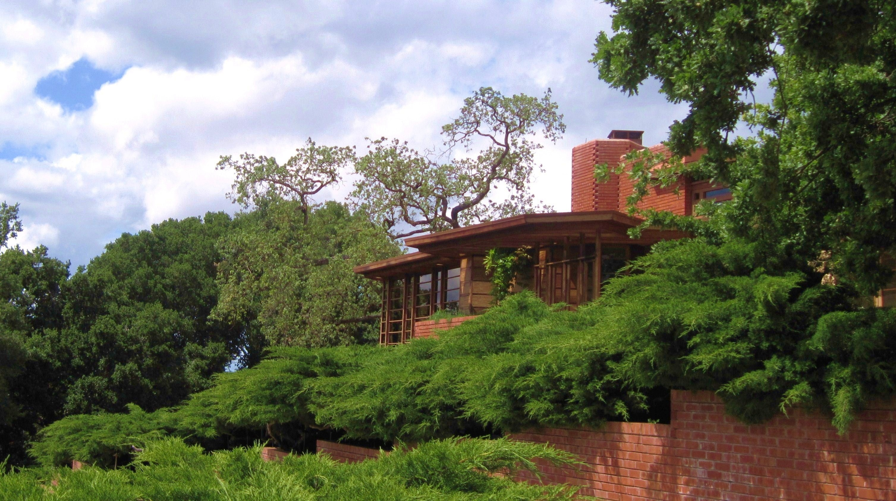 Hanna House @ Stanford University (Frank Lloyd Wright design) - Bruce Witzel photo