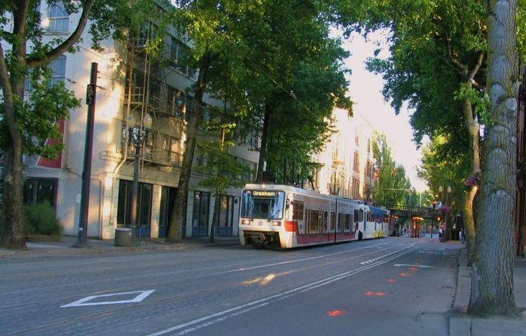 Portland Oregon - bruce witzel photo