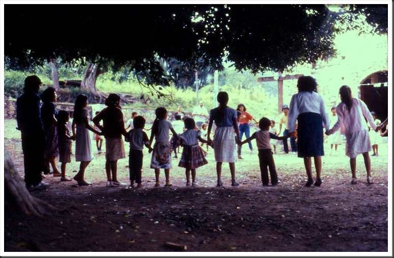slides0207 Zapotilan del Rio 1990 - bruce witzel photo