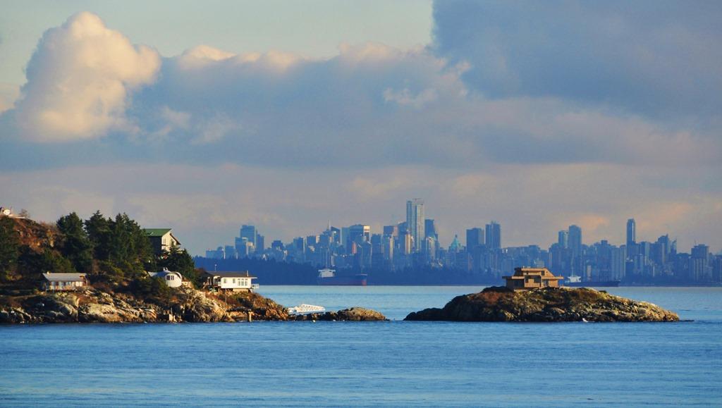 Vancouver BC Skyline -bruce witzel photo