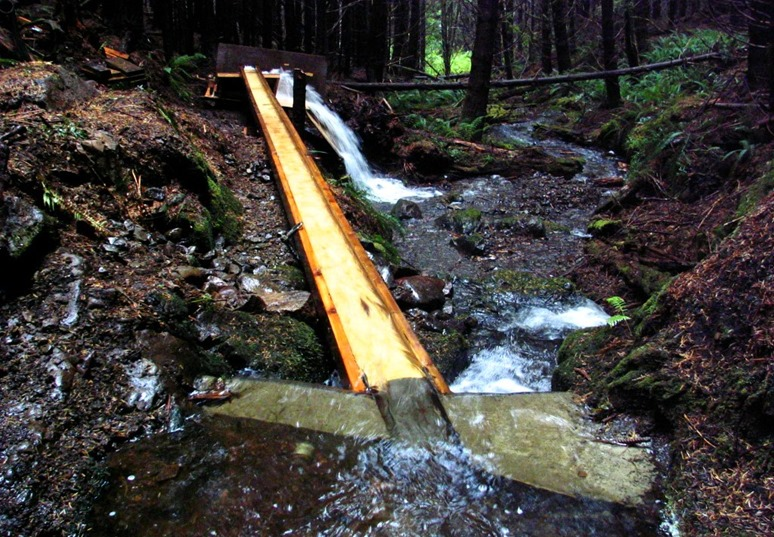 AFTER - flume supplies hydro screen with abundance of water - bruce witzel photo