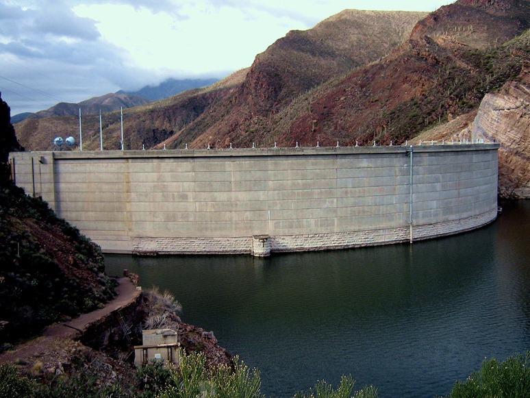 Rosevelt Dam in Arizona - bruce witzel photo