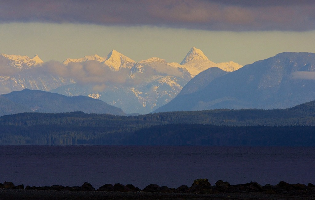 Coast Mountains (large), from Oyster Bay, Dec. 2, '14. charles brandt photo (2)