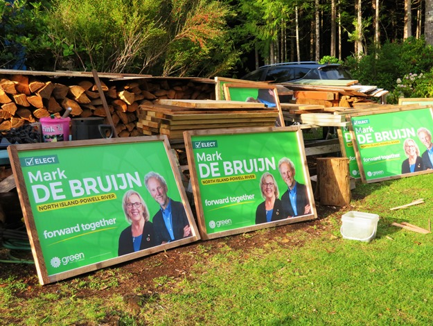 Mark de Bruijn 2019 election sign frames built by Bruce Witze and Francis Guenette, Sept 1-2019