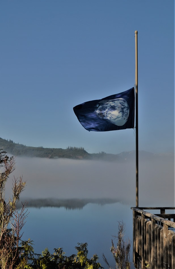 Earth flag 2020-03-25 bruce witzel photo